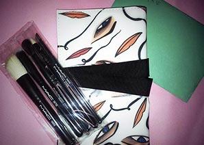 MAC化粧筆4