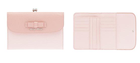 ミュウミュウ小さい財布1