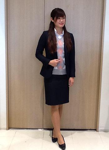 紺レディーススーツ