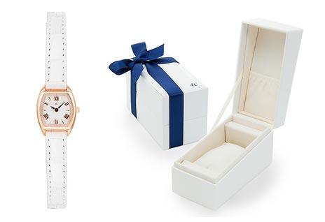 4℃ホワイト腕時計3