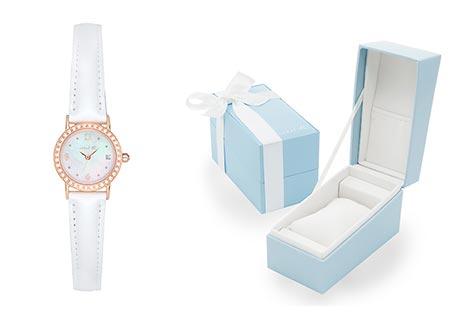 4℃ホワイト腕時計1