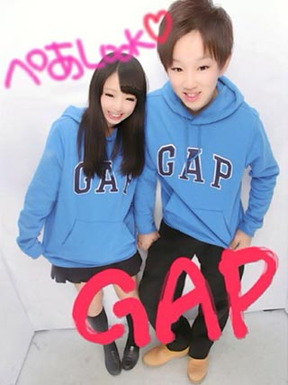 gapパーカーペアルック2