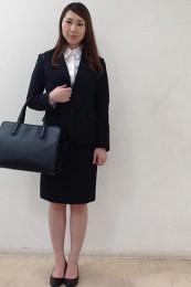 女性リクルートスーツコーデ-スカート6