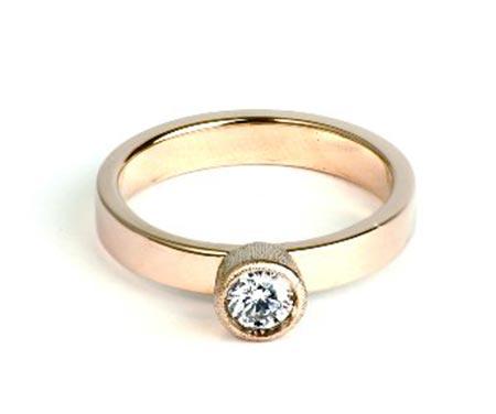 リア・ディ・グレゴリオ婚約指輪3