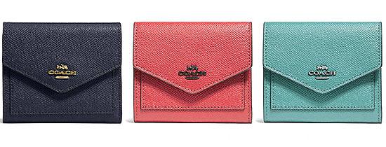 コーチミニ財布