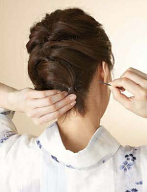 ゆかた髪型 ミディアム セット6