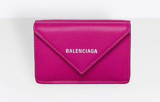 キャバ 嬢 財布